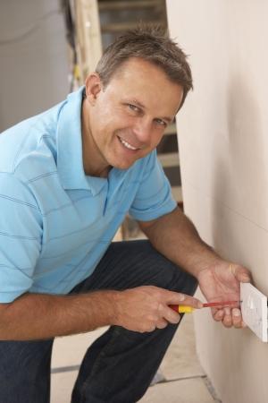empleadas domesticas: Electricista instalación Wall Socket