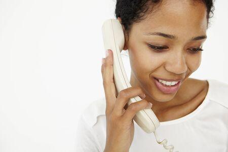 clavados: Mujer hablando por teléfono