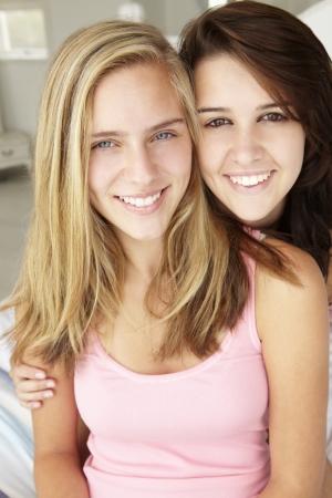 best friends: Portrait of teenage girls