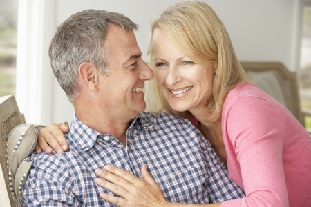 attractive couple: Mid age couple at home