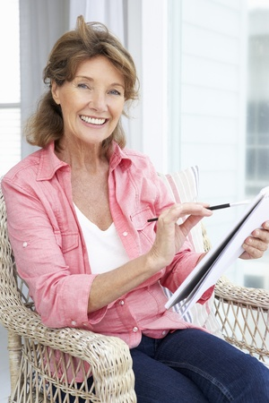 brush drawing: Senior woman sketching