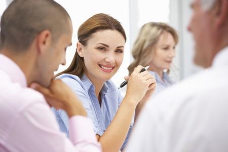 reunion de trabajo: Compa�eros de trabajo en la reuni�n de