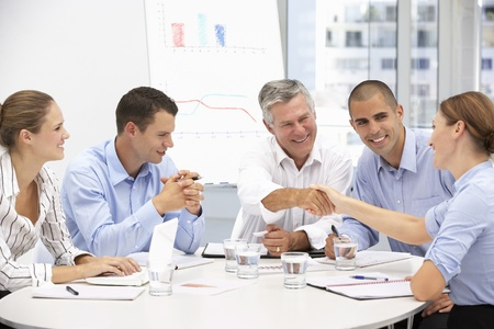 회의에서 사업 사람들