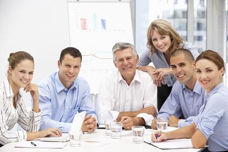 Colegas en reuniones de negocios