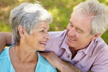 Portrait of senior couple Stock Photo - 11239109