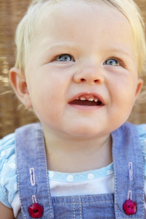 baby tooth: Portrait of happy baby