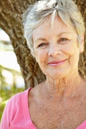 arrugas: Retrato de mujer mayor
