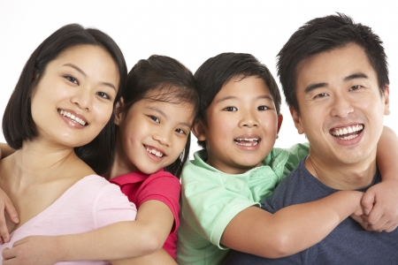 ni�os chinos: Foto de estudio de la familia china