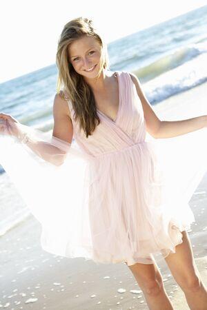 Фото привлекательная девушка