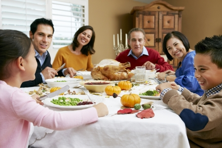 accion de gracias: Generaci�n de la familia multi Celebraci�n de Acci�n de Gracias Foto de archivo