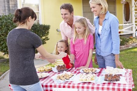 fundraising: Family Running Charity Bake Sale