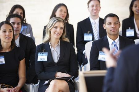 delegates: I delegati Ascoltare Per Relatore al Convegno
