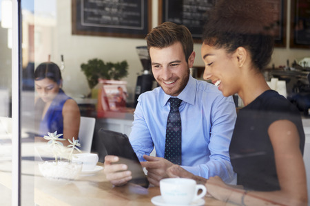 Podnikatel a pak jsou potíže Setkání v kavárně Reklamní fotografie