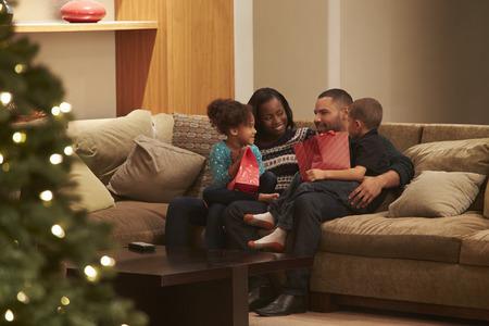 inauguracion: Familia Celebrando Navidad en el país se ve desde el exterior