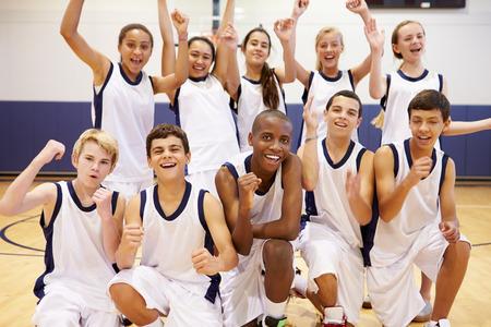 Portrait des Hochschulsport-Team in der Gymnastik