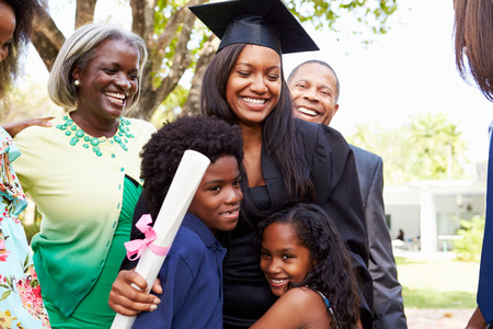 African American Student Celebrates Graduation Banque d'images