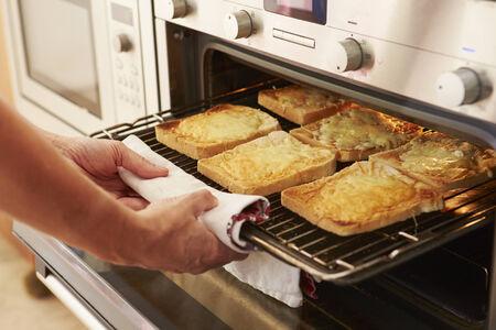 haciendo pan: Queso en tostadas a la parrilla En Horno