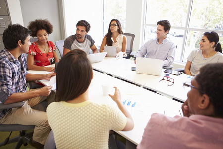 oficina: Reuni�n Dise�adores para discutir nuevas ideas
