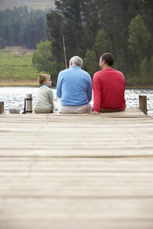 Otec, syn a dědeček rybaření Reklamní fotografie