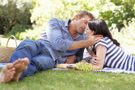 africa kiss: Couple on romantic picnic
