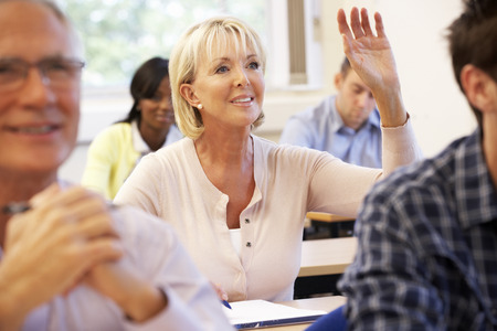 Ältere Schüler in der Klasse