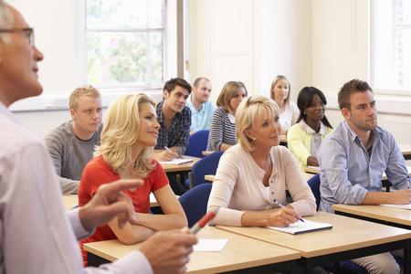 salle de classe: Tuteur principal classe de l'enseignement