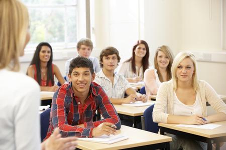 학생과 수업 강사