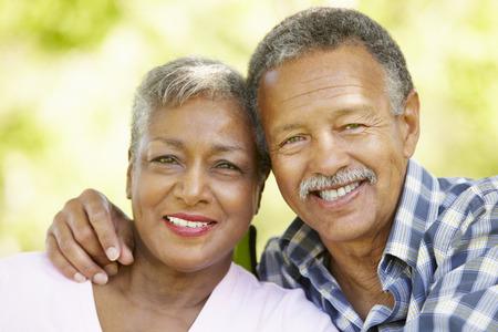 Senior pár romantický portrét