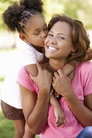 Moeder en dochter portret Stockfoto