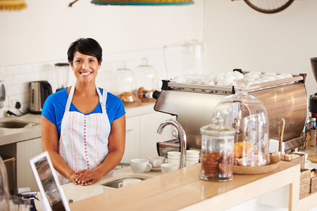 cheerful woman: Trabajador Cafe