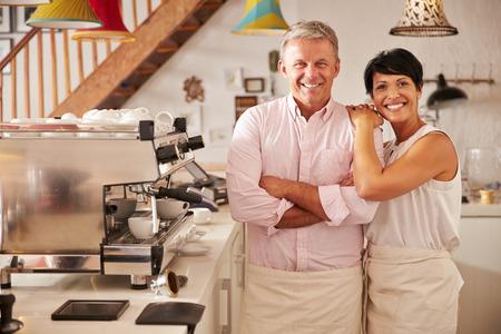 Cafe Besitzer, Portrait Standard-Bild