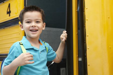 school bag: Elementary School Pupil Board Bus