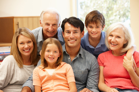 familie: Multi-generatie familie portret Stockfoto
