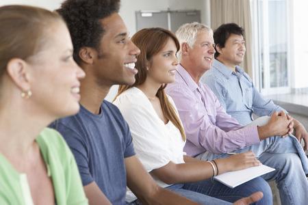 mixed age range: Reuni�n del Grupo de Apoyo