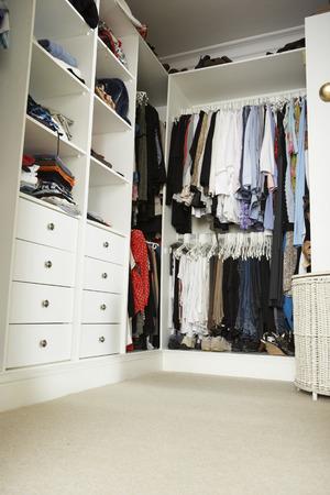 wardrobe closet: Tidy Teenage Bedroom With Neat Wardrobe