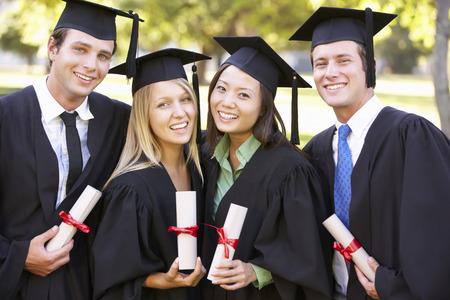Feier: Gruppe der Studierenden an Graduation Ceremony