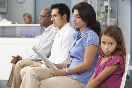 Patienten, Ärzte Wartezimmer