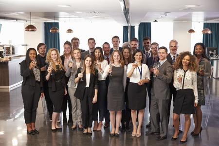 Portret Van Afgevaardigden Bij Conferentie Drank Ontvangst Stockfoto