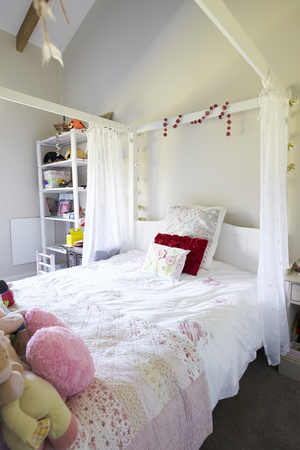 女の子の寝室とホームインテリア 写真素材