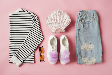 Flat Lay Shot Of Female Parisian Style Clothing And Accessories 版權商用圖片