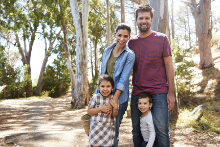 Portrait Of Family On Walk In Countryside Together Reklamní fotografie
