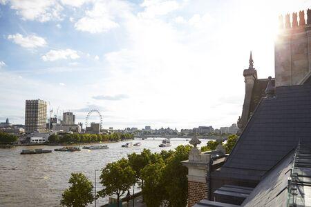 屋上テラスからのロンドンの眺め 写真素材