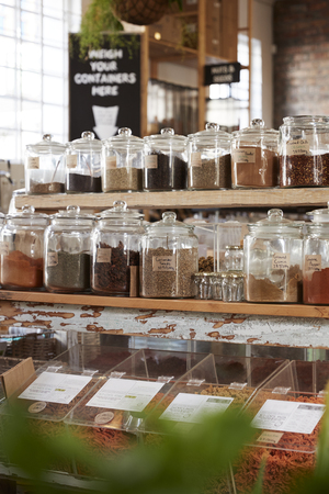 Display Of Spices In Sustainable Plastic Packaging Free Grocery Store 写真素材