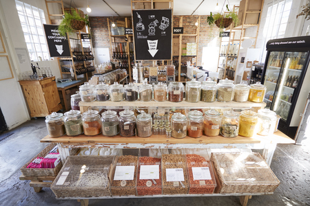 Display Of Spices In Sustainable Plastic Packaging Free Grocery Store Stock fotó
