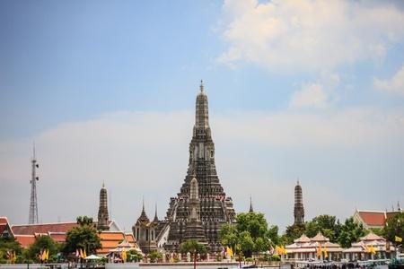 Wat Arun thai temple Stock Photo - 19419561