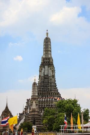 Wat Arun thai temple Stock Photo - 19419560