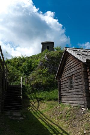Alte befestigte Siedlung am Kalkstein Berg Birmingham, Polen
