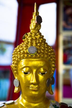 Visage de Bouddha compos� de la pi�ce. Banque d'images