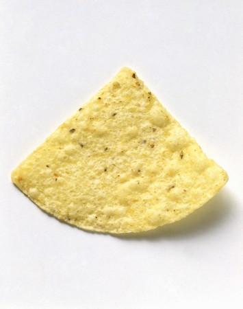 corn tortilla: A White Corn Tortilla Chip LANG_EVOIMAGES