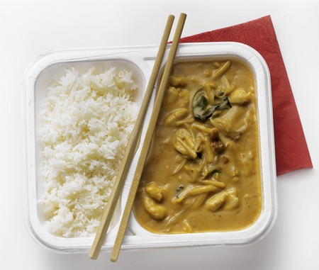 peanut sauce: Asian Chicken in Peanut Sauce with White Rice